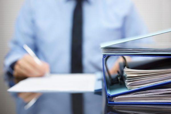 社員から各種申告書を回収